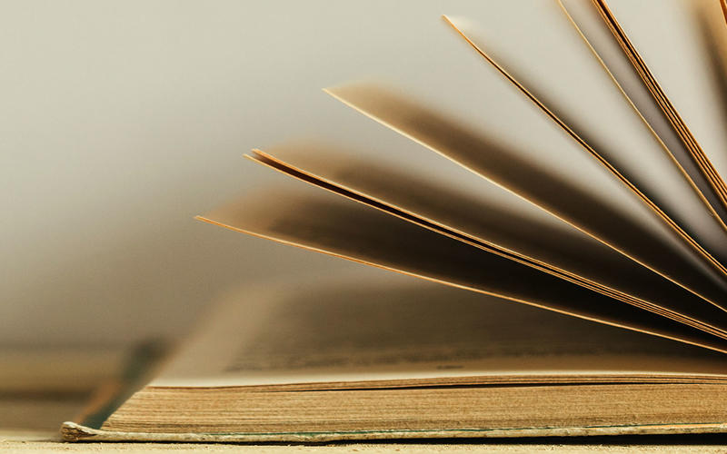 72 Philosophy Books Everyone Should Read